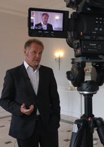CMO-Summit-Interview Prof Eichsteller2016